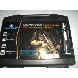 Linterna Olight M20 Warrior kit Caza